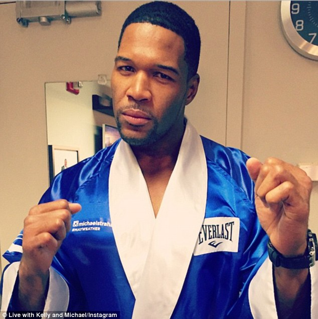 Michael Strahan Returns to GMA After Losing Part of His Pinky Finger