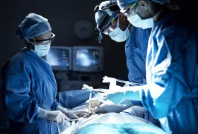 Men or Women – Who Makes a Better Surgeon?