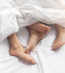 How Often Do Men Change Sheets? Sex Is A Factor
