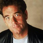 Huey Lewis No Longer Performing After Losing His Hearing