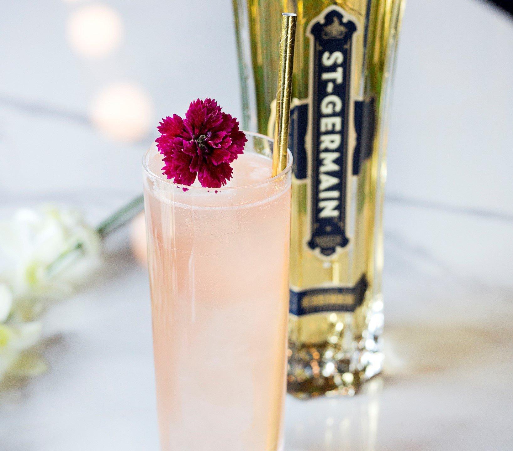 Royal Spritz Cocktail St Germain