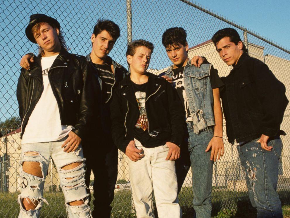 iconic 80s pop acts partner in mega tour pursuit