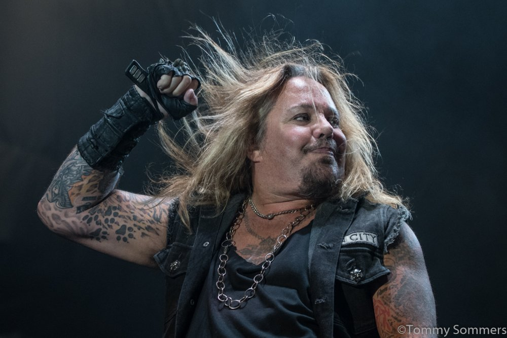 afe6c5e44f0317 Vince Neil  Pleasantly Surprised  By Quality Of Mötley Crüe Biopic ...